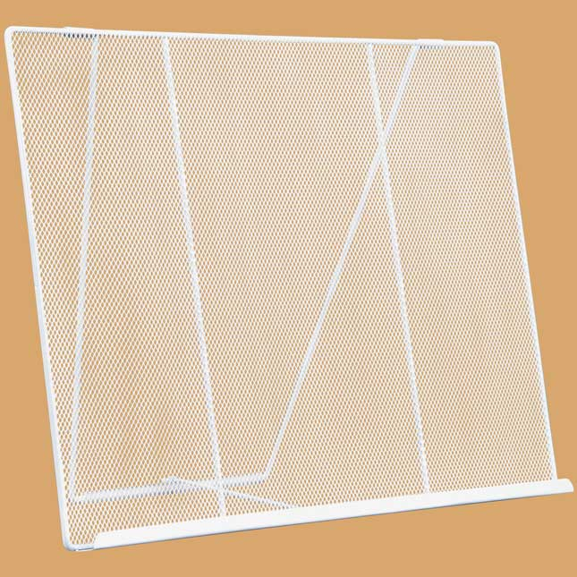 Wire Works Mesh Tabletop Easel